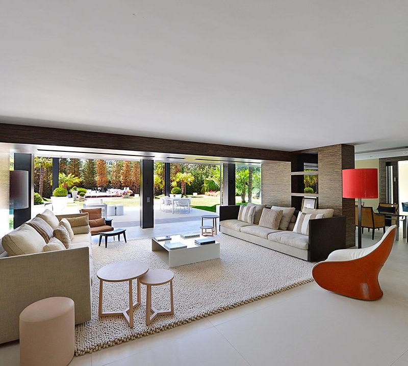 fotografia de arqitectura interior de un salon de diseño de lujo